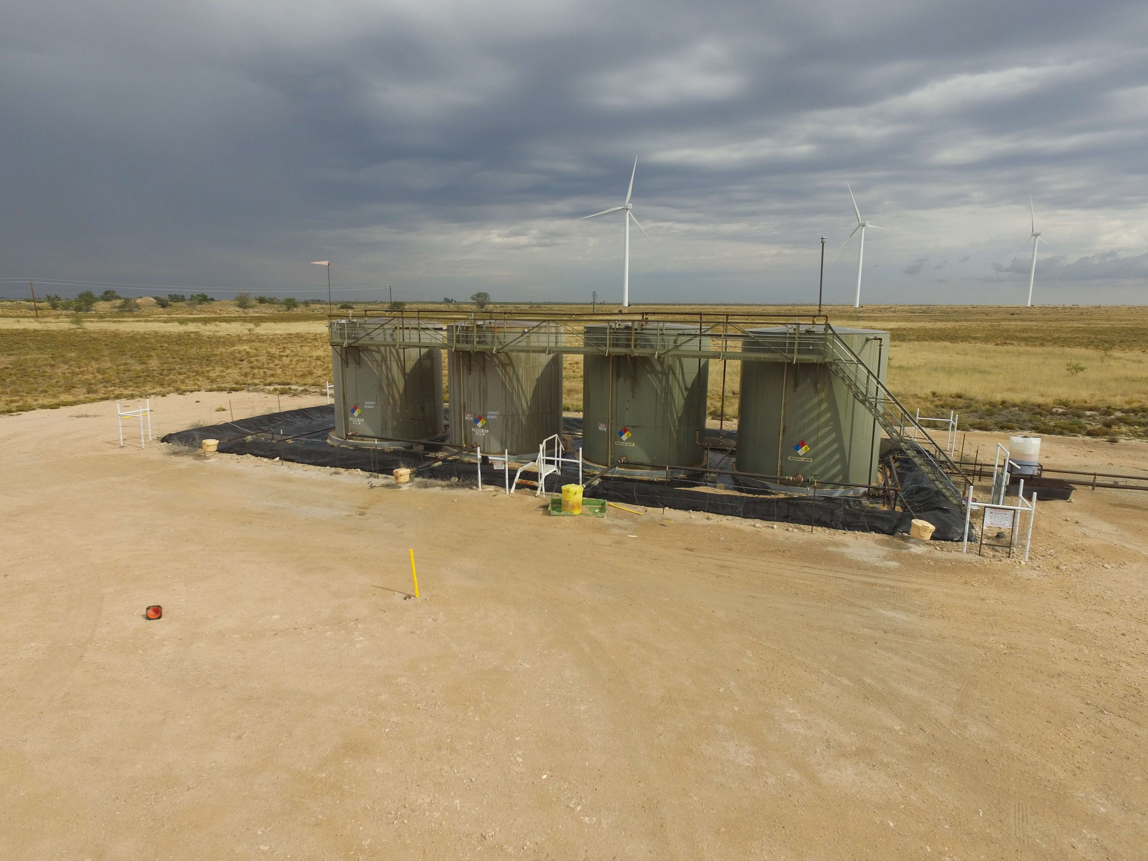 Drone-oil-and-wind farm-inspection